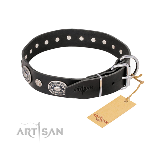 Top notch leather dog collar created for easy wearing