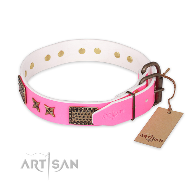 Reliable D-ring on full grain natural leather collar for your impressive four-legged friend