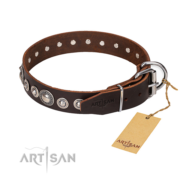 Genuine leather dog collar made of top notch material with strong traditional buckle