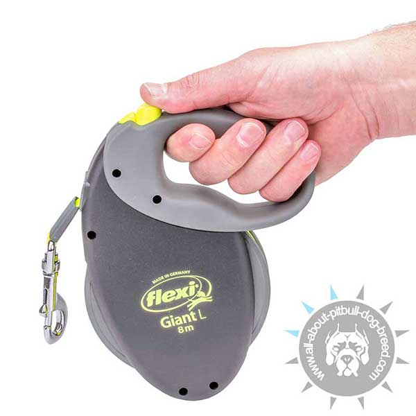 Pitbull Retractable Lead with Easy-to-grip Handle