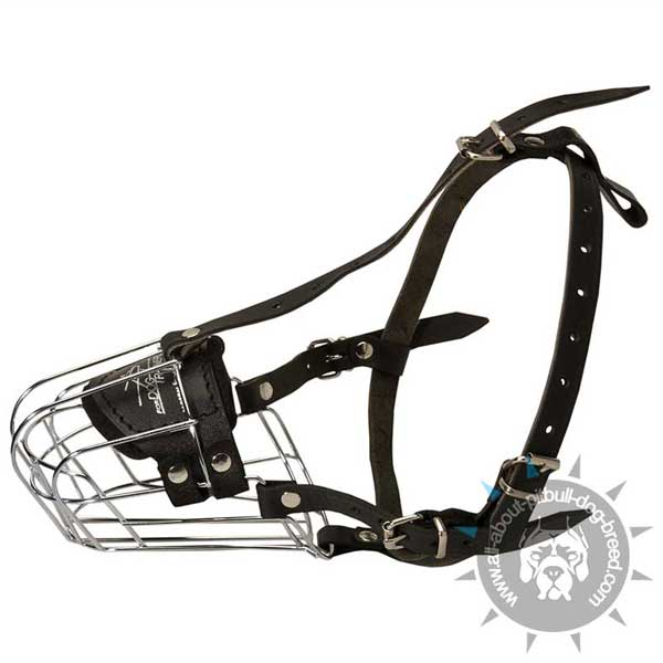 Safe Walking Wire Basket Pitbull Muzzle with Adjustable Leather Straps
